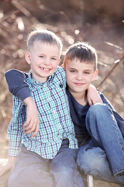 Photo de famille : portrait de deux frères